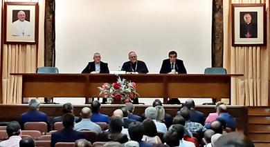 NUESTRA HERMANDAD ASISTIÓ A LA REUNIÓN CONVOCADA CON EL SR. OBISPO