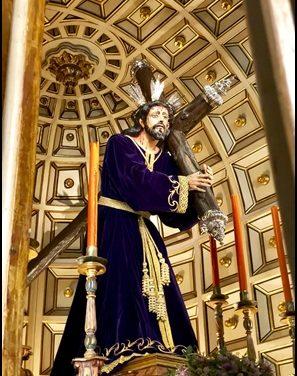 JESÚS NAZARENO YA ESTÁ VESTIDO PARA EL ADVIENTO