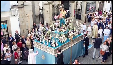 NUESTRA HERMANDAD RECIBIÓ A MARÍA AUXILIADORA