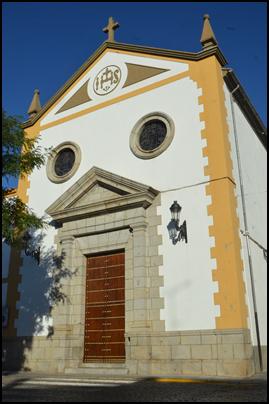CONCLUYE EL ARREGLO DE LA PUERTA DE LA CAPILLA DE JESÚS NAZARENO