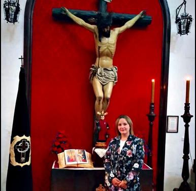 ANA Mª CABRERA MORENO NUEVA HERMANA MAYOR DE LA COFRADÍA DE LA CARIDAD